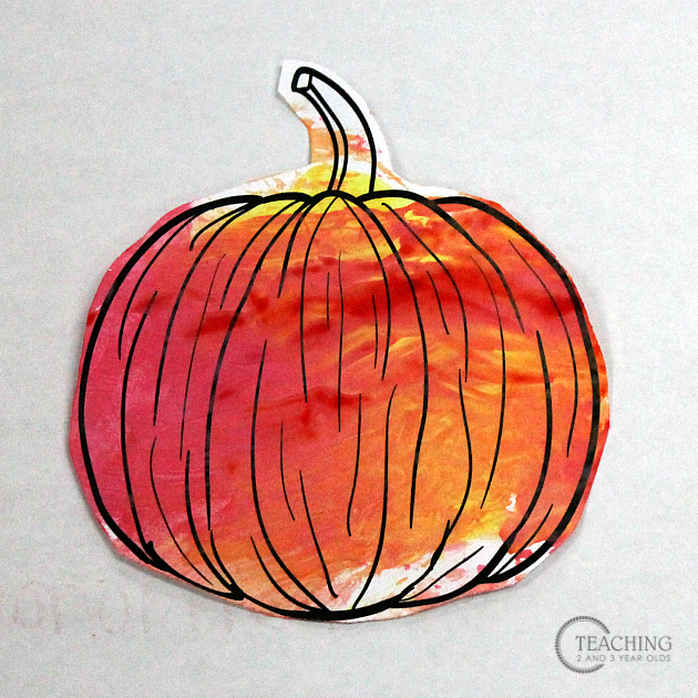 No Mess Pumpkin Art with Free Printable