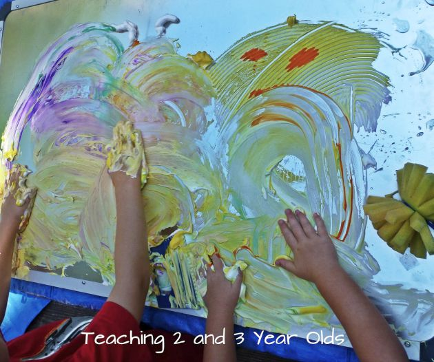 Kids Finger Painting Fun 1
