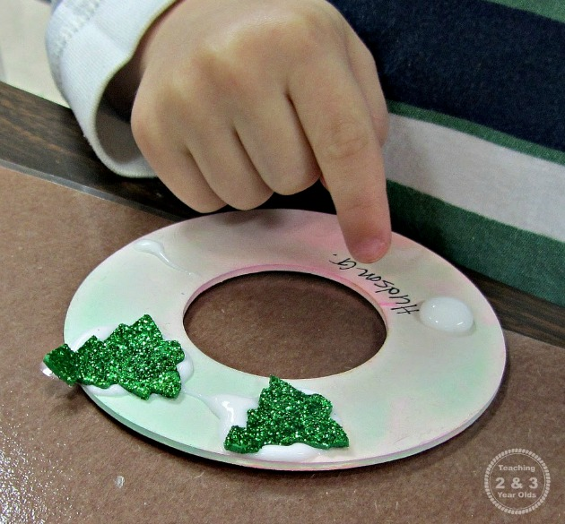 Picture Ornaments for Kids to Make 5