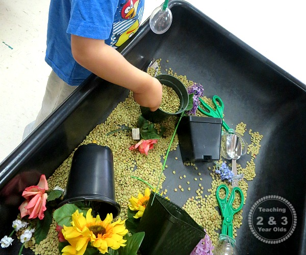 Spring sensory bins for toddlers and preschoolers for Gardening tools for 6 year old