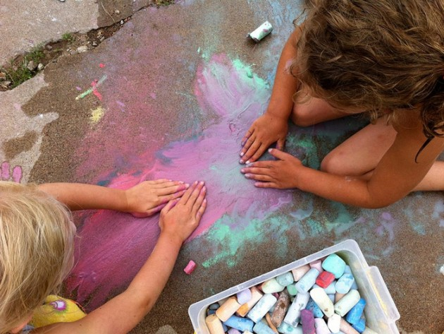 Easy Kids Activities with Chalk