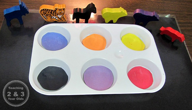 color sorting trays