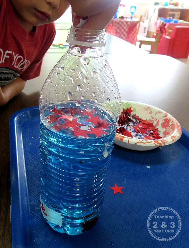 July 4th discovery bottle for kids