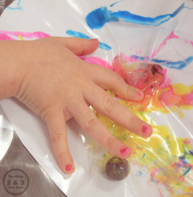 Freezer Bag Painting for Preschoolers