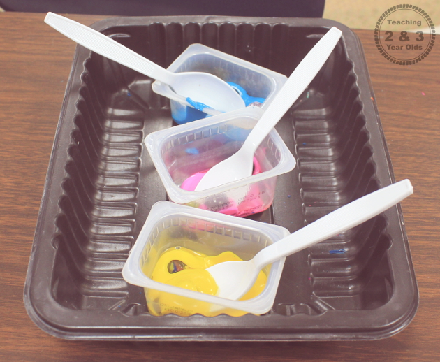 preschool painting with freezer bags