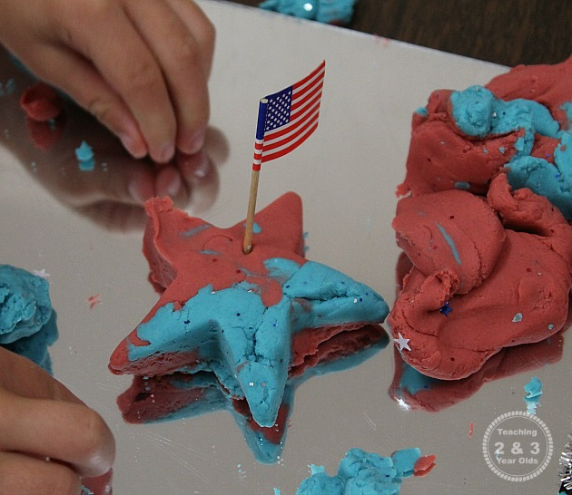 Play Dough Activity for the 4th of July