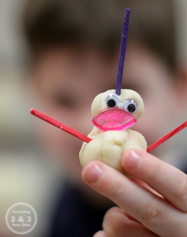 Playdough Snowmen - Teaching 2 and 3 Year Olds