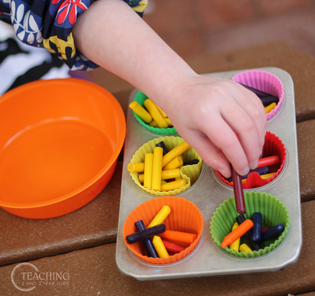 Rainbow Crayons - Teaching 2 and 3 Year Olds