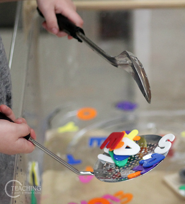 23 of the best water play activities to do in your sensory bin