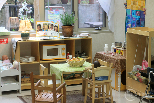 preschool classroom tour - dramatic play