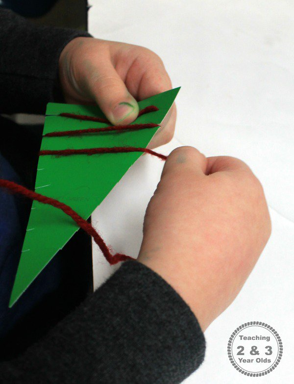 easy christmas activity for preschoolers