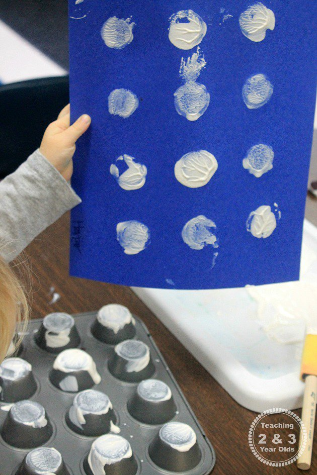 simple toddler art for winter