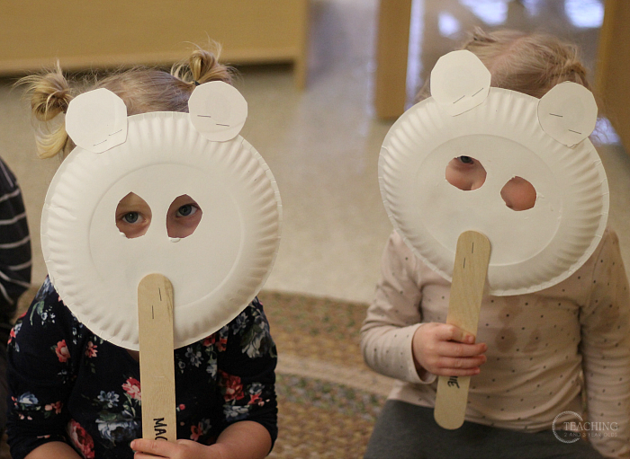 How to Make Polar Bear Masks for a Toddler Winter Activity