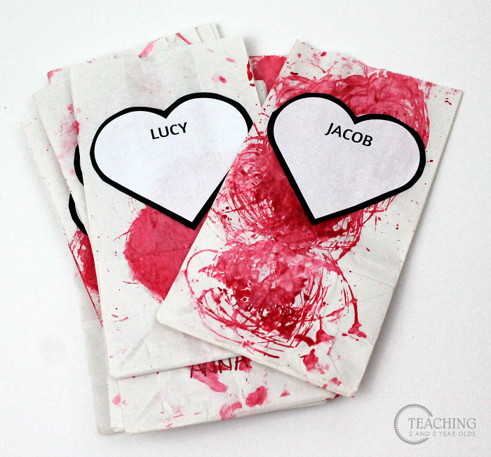 How to Make Simple Toddler Valentine Bags