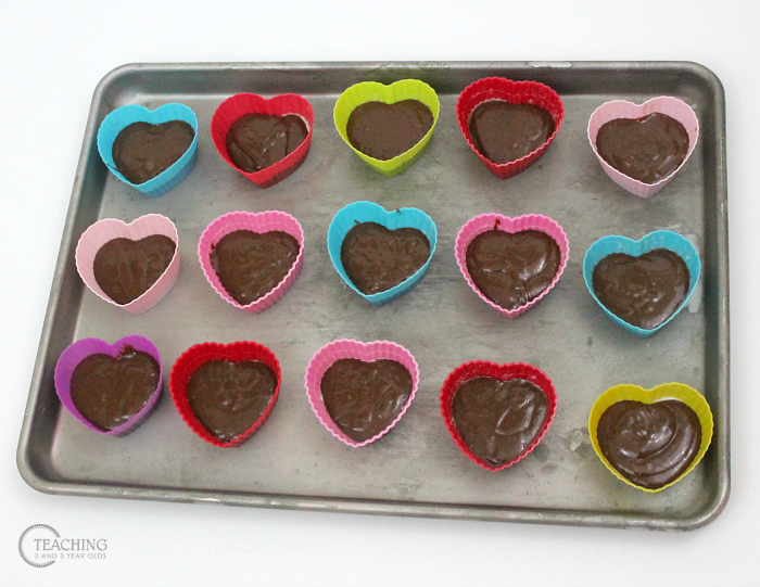 How to Make Easy Valentine Brownies with Toddlers