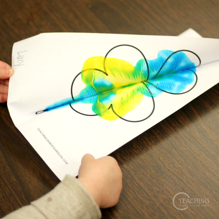 Color Mixing St. Patrick's Day Art for Toddlers (Free Printable)