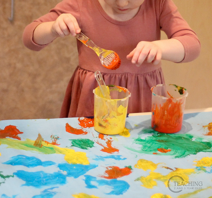 How to Put Together a Toddler Painting Activity using Brushes