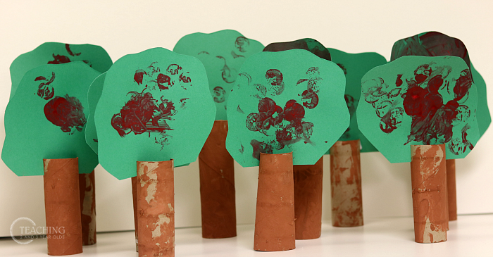 How to Make 3-Dimensional Apple Tree Art Using Paper Tubes
