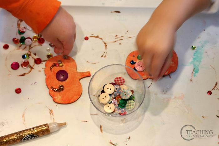 How to Create a Pumpkin Craft that is a Keepsake Magnet