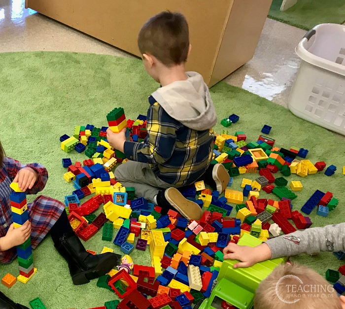 The Easiest Way to Convert Your Toddler Train Table into a Duplo Table