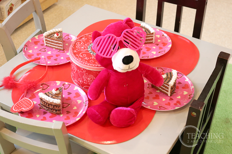 Activities for the Toddler and Preschool Valentines Theme