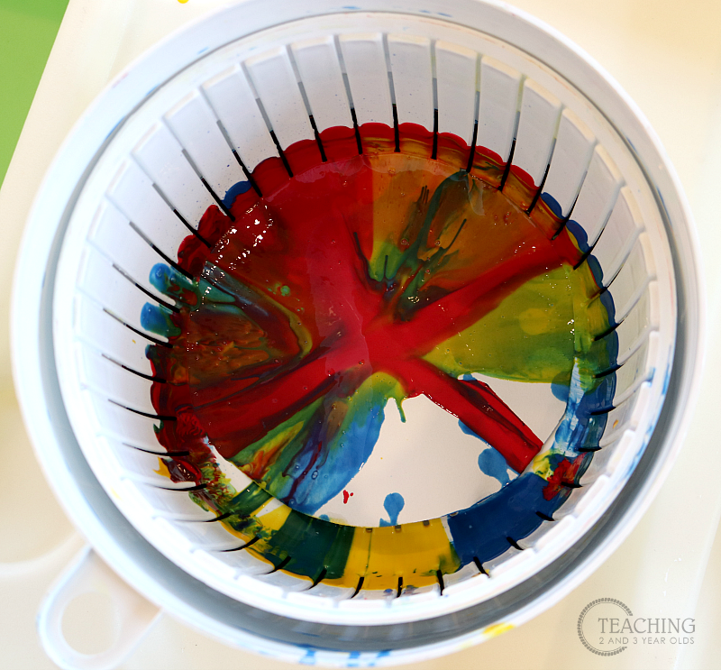 Toddler Color Mixing Spin Art