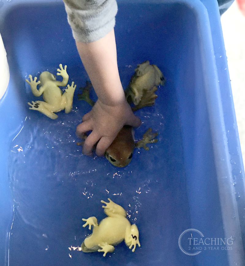 This toddler frog activity is super easy to set up using a tub of water. Add squeezers and strainers for some fine motor strengthening!