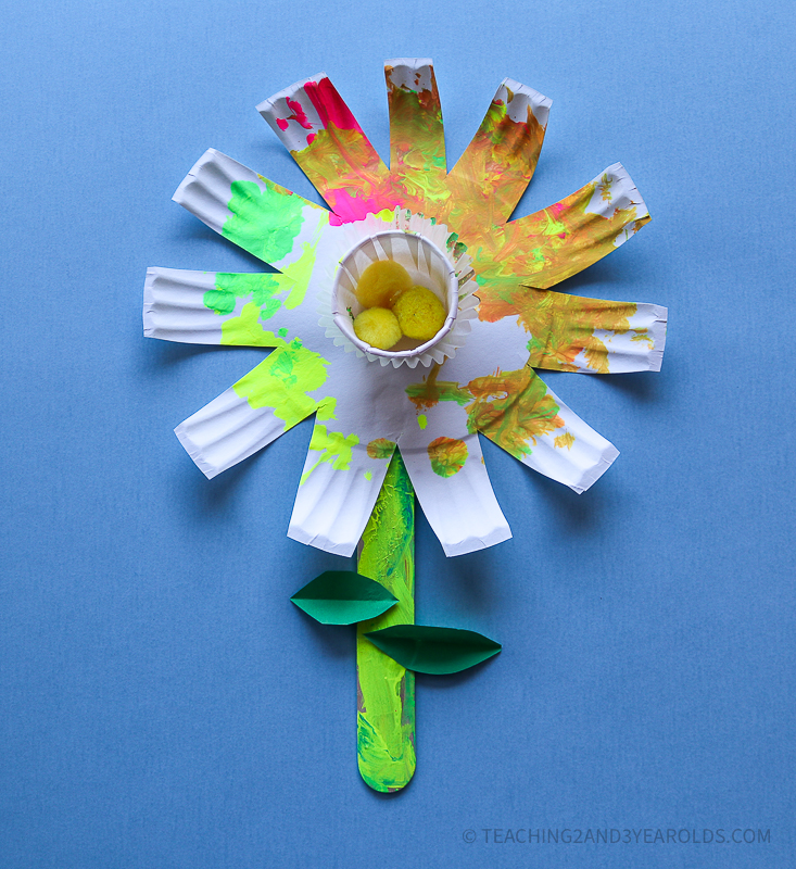 Easy Toddler and Preschool Paper Plate Flower Craft