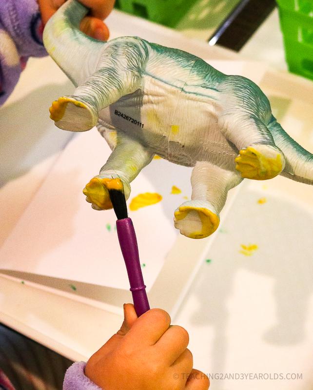 Fun and Easy Toddler Dinosaur Art: Making Footprints!