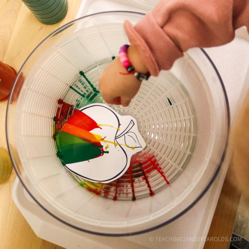spin art apple craft